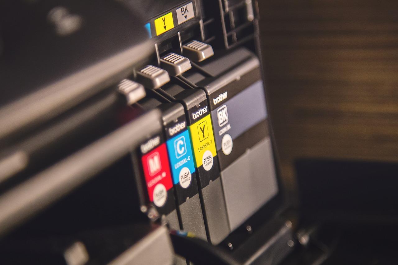 Jakie są ceny drukarki i jakie są jej rodzaje na rynku?